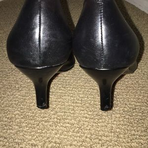 Nine West Shoes - Nine West Black Kitten Heel, Size 8.5